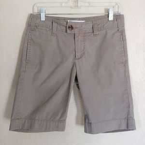 Gap Bermuda Favorite khaki brown shorts size 2
